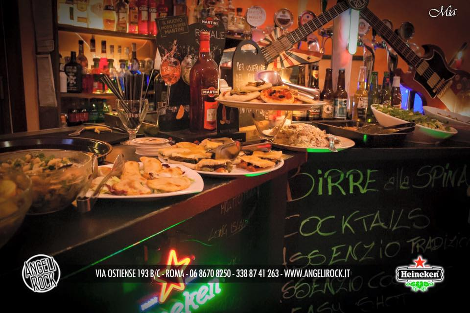 aperitivo a Roma - happy hour al Angeli Rock - Happy Hour a 8 euro a Roma